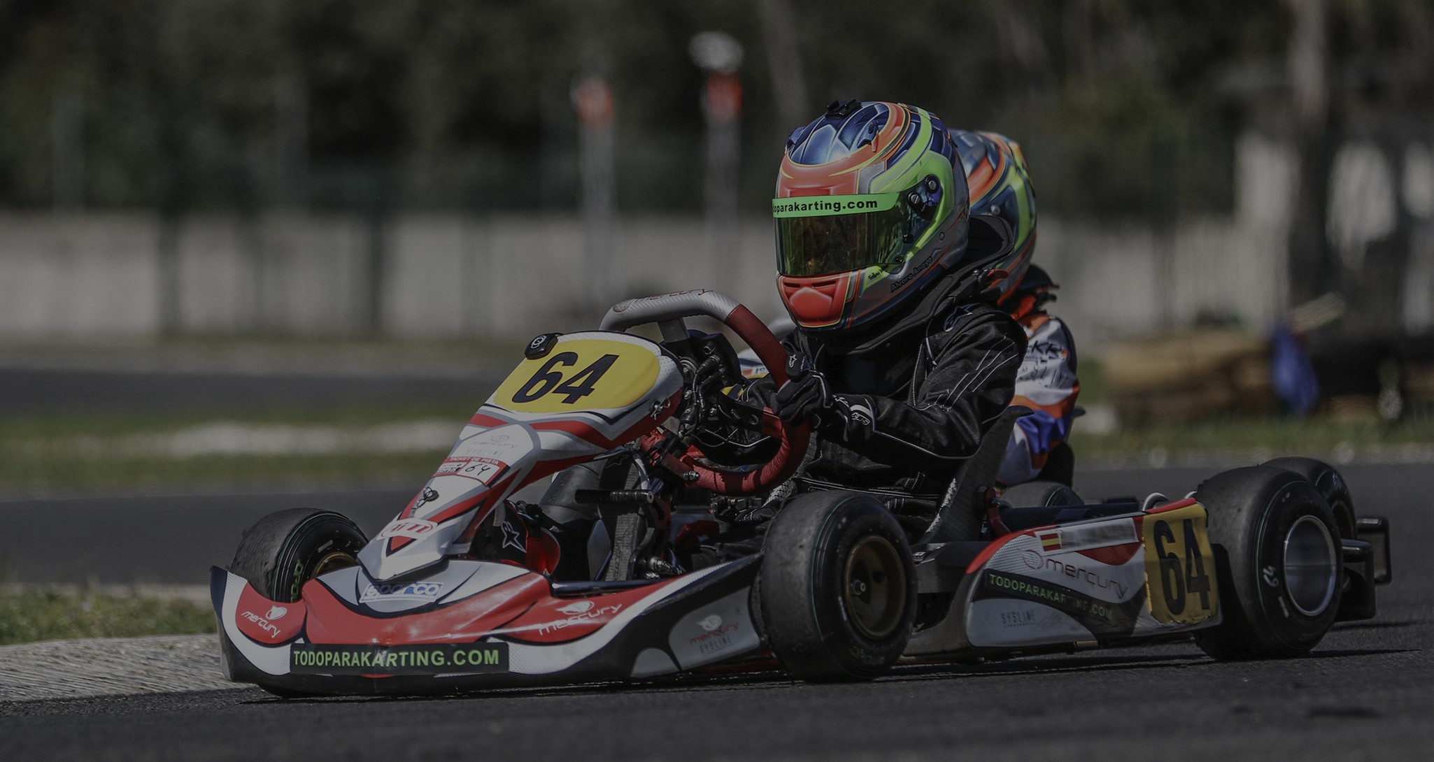 Equipación para piloto de karts
